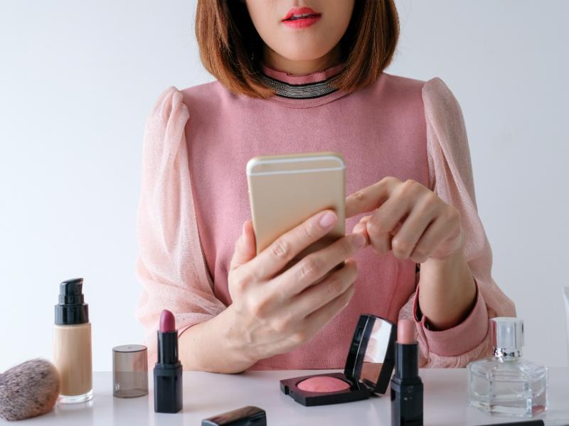 personalised make-up