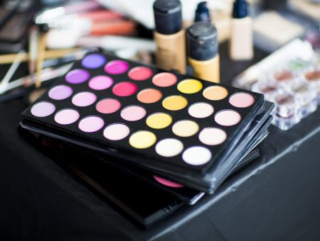 Magnit partners with Delivery Club for cosmetics delivery